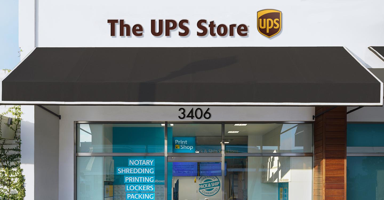 UPS Store Desktop.jpg