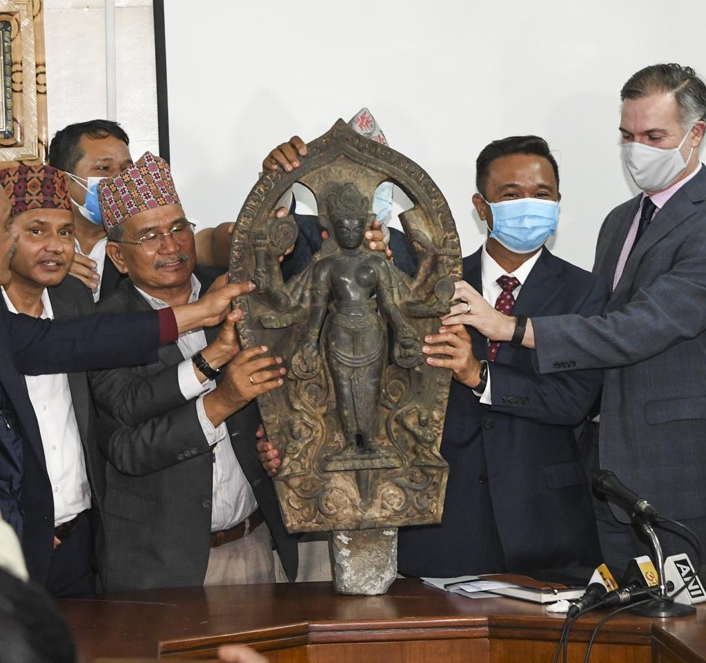 Nepali statue_UPS STORIES image_1023x960.jpg